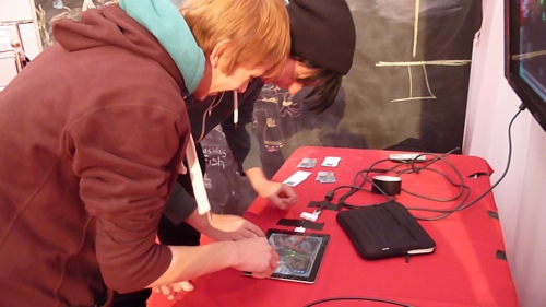 two players at GameCity7